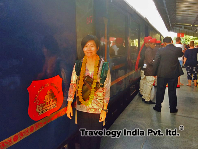 Welcome to the Guests in Palace on Wheels train