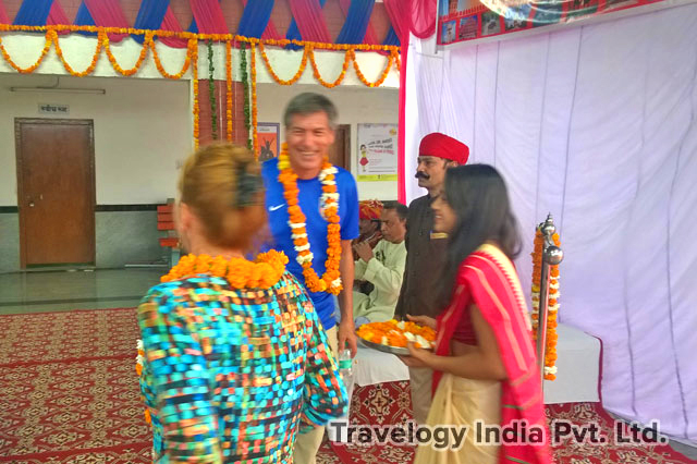 Guest Welcome at Safdarjung Railway Station