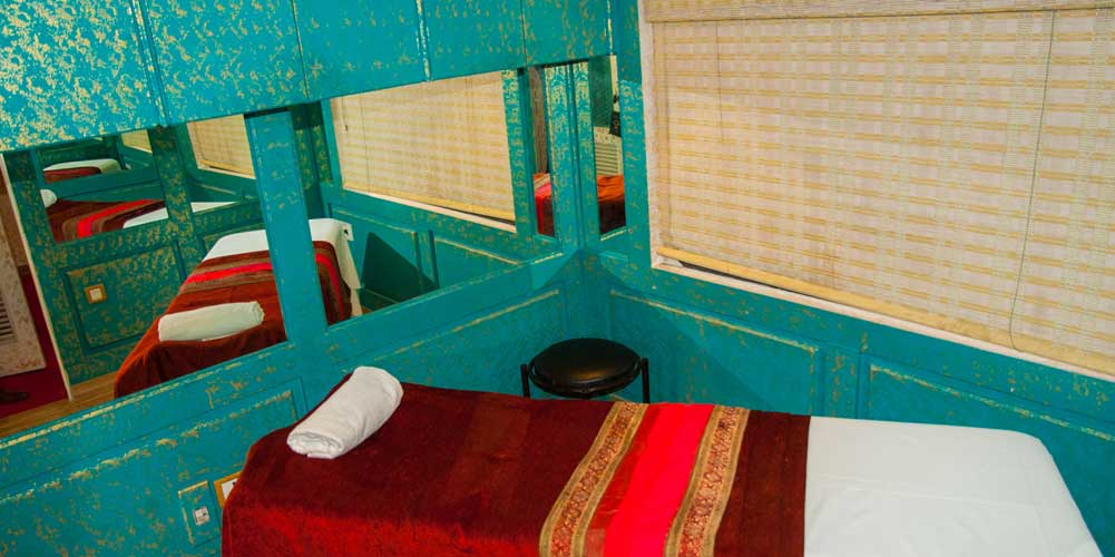 Spa Area of Palace on Wheels Train